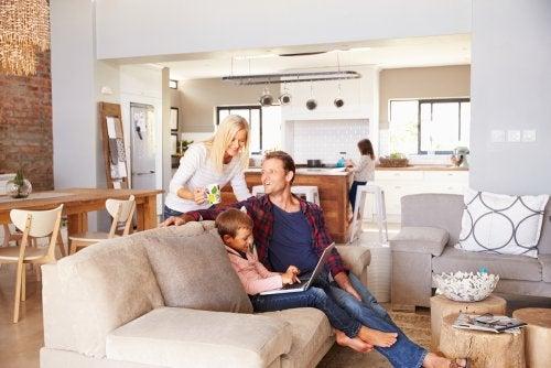 1b2954e8958 7 cosas esenciales que debe haber en todo hogar — Mejor con Salud