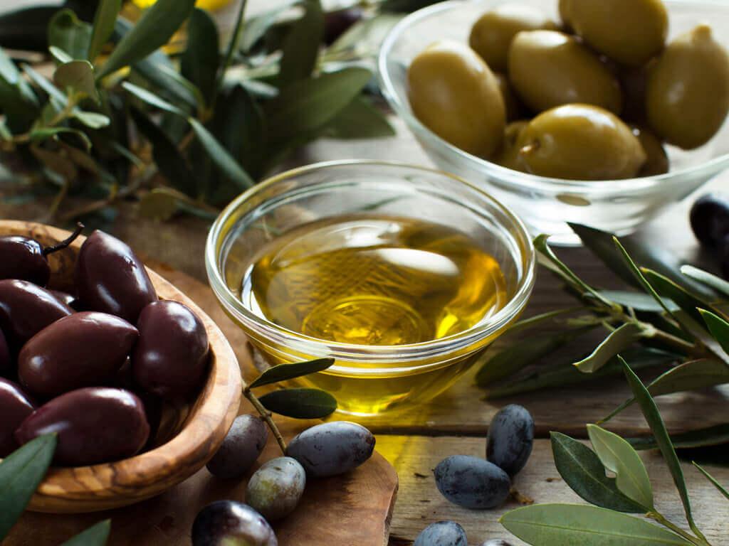 Olivas y aceite de oliva
