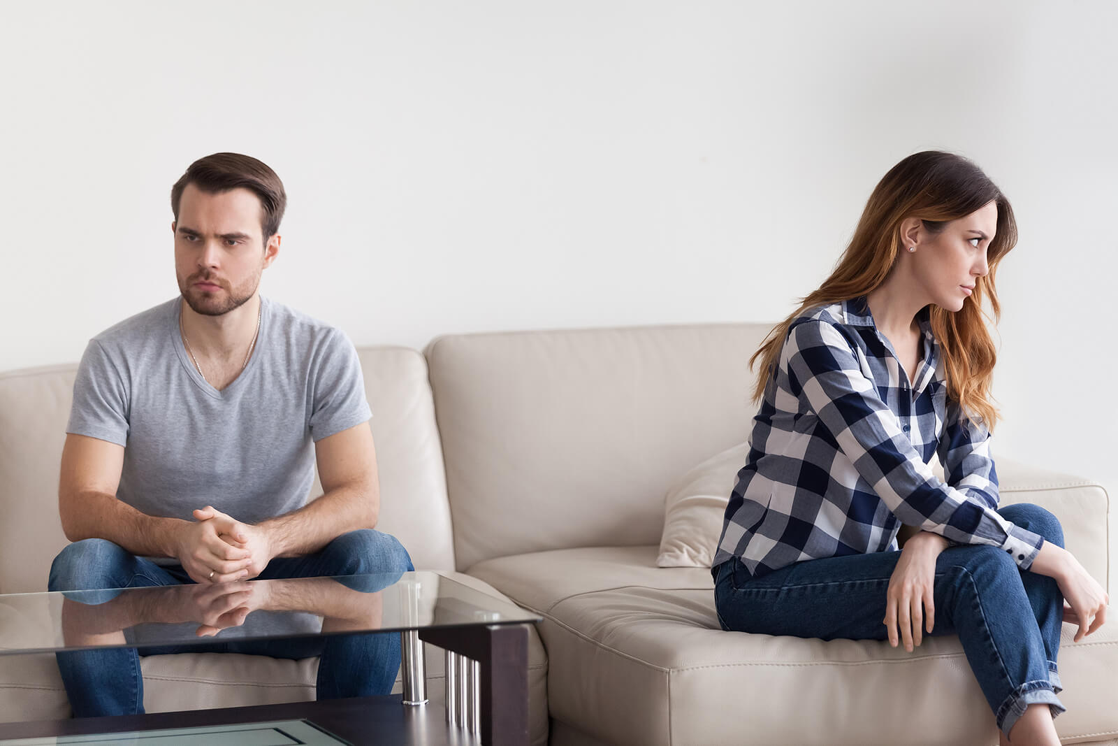 12 señales que demuestran que hay distancia en vuestra pareja.