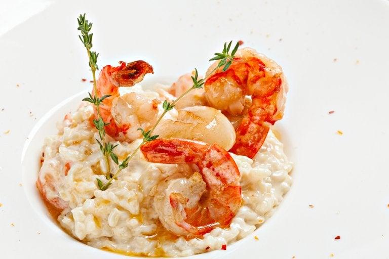 Prepara un delicioso arroz meloso con langostinos