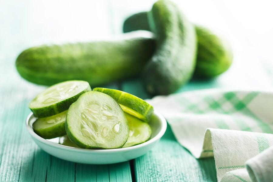 Cuáles son los beneficios de consumir pepino con frecuencia