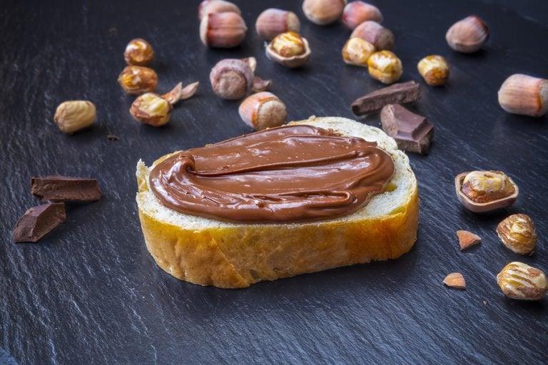 Prepara una deliciosa crema de cacao vegana y saludable