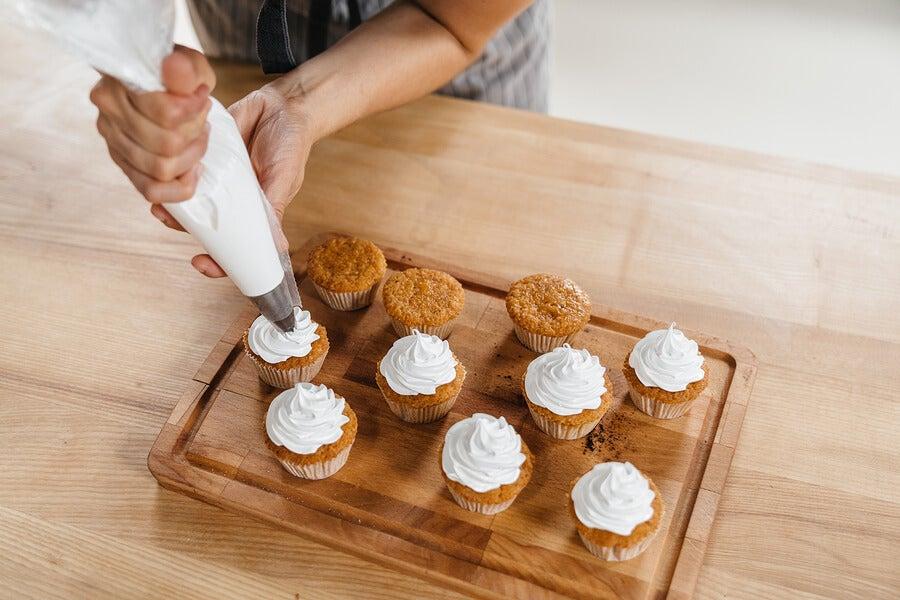 Recetas fáciles de cremas pasteleras, no te quedes sin probarlas