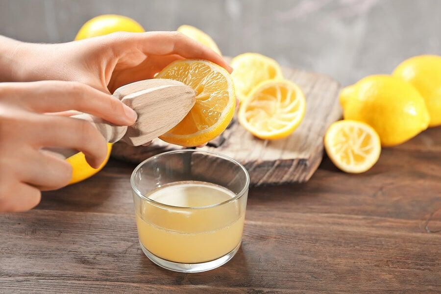 Hacer la dieta del limón