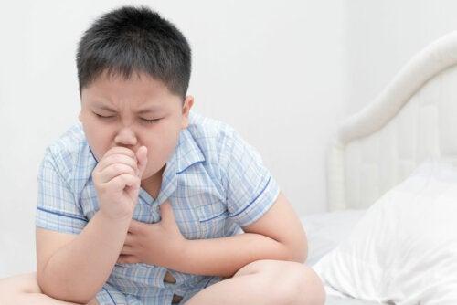 7 tips para tratar la tos nocturna en los niños