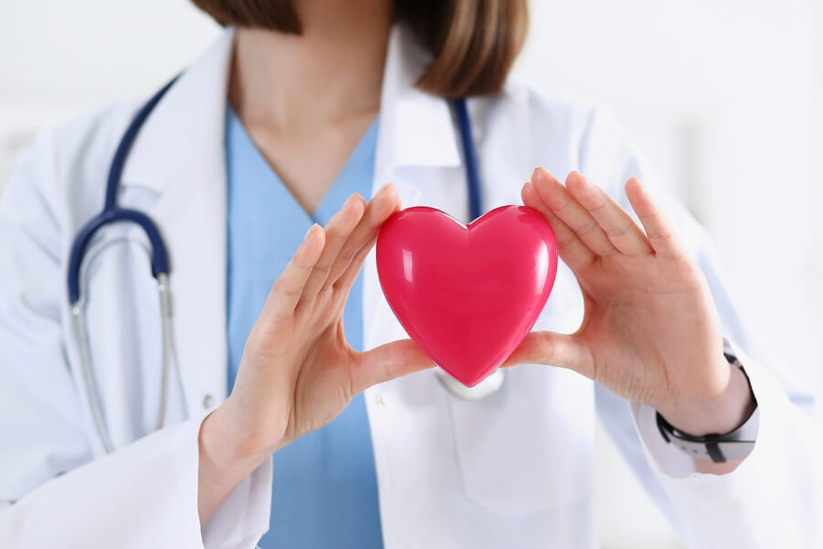 ¿Cuál es la relación entre la presión arterial y la enfermedad cardiovascular?