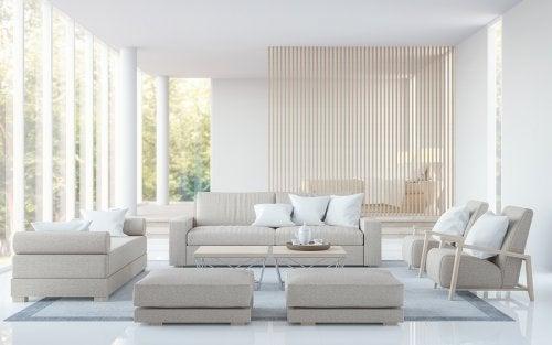 Salón con luz natural, un hogar libre de estrés
