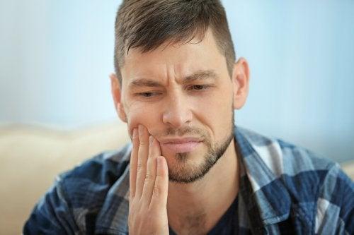 Cómo frenar la sensibilidad dental de forma natural