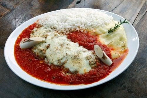 Filetes de ternera a la parmesana, receta casera muy fácil de preparar