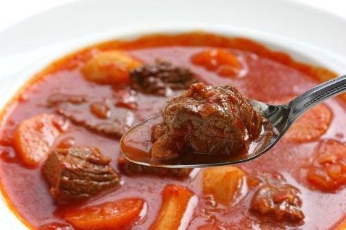 Receta deliciosa de ternera guisada, ¡toma nota!