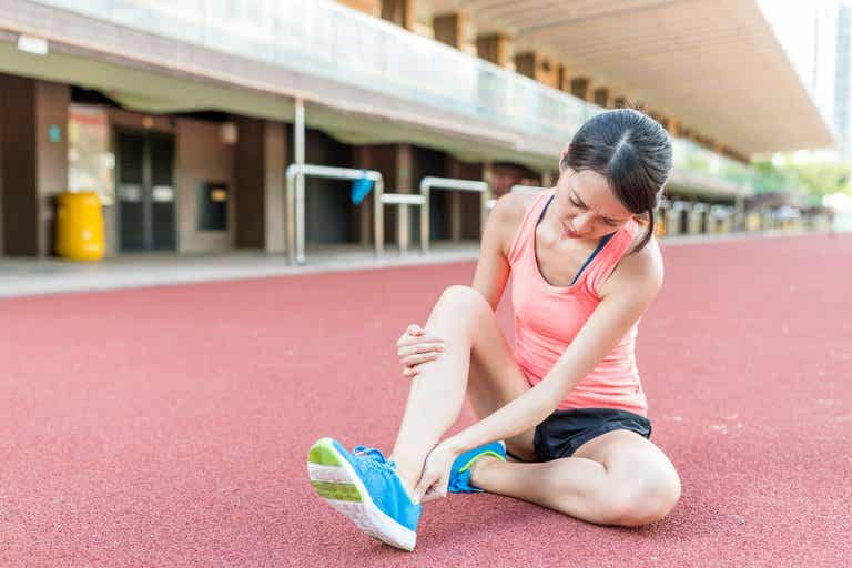 4 medidas que debes aplicar si sufres un esguince