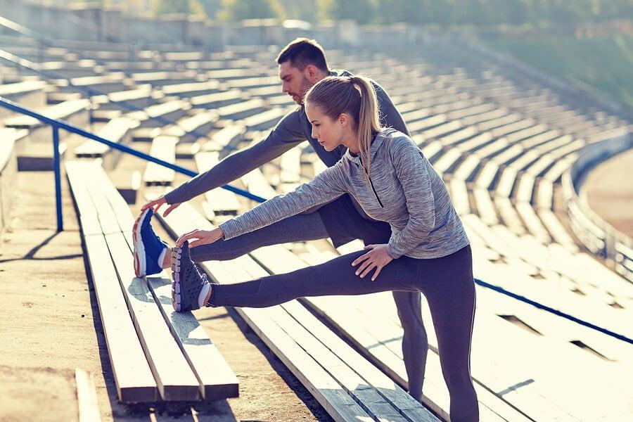 Calentar antes de hacer deporte