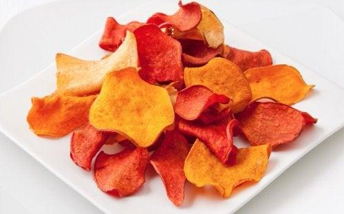 Cómo hacer chips de berenjena y otros vegetales