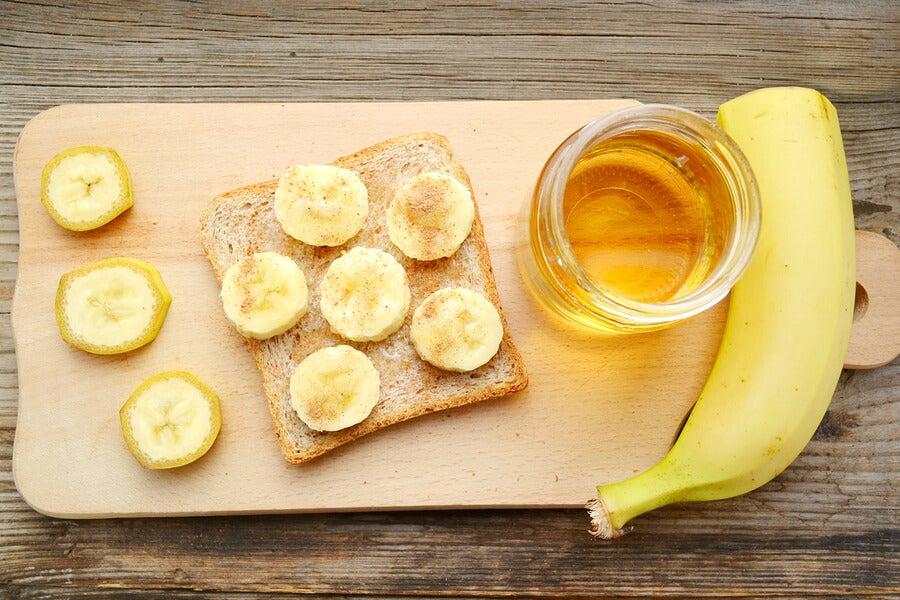 torta de plátano con miel y canela