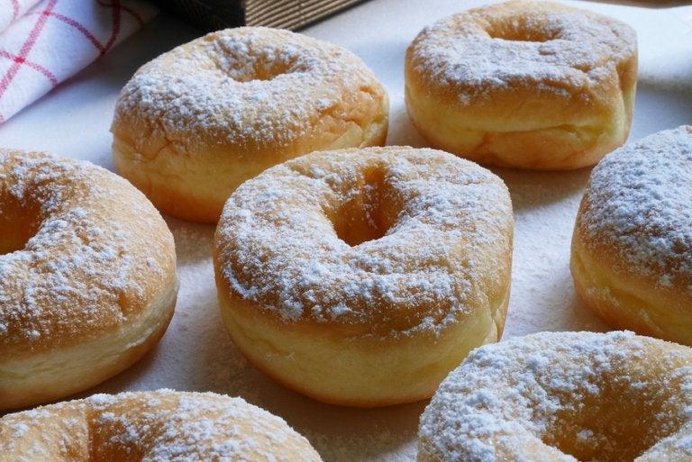 Deliciosas rosquillas de arequipe preparadas en casa