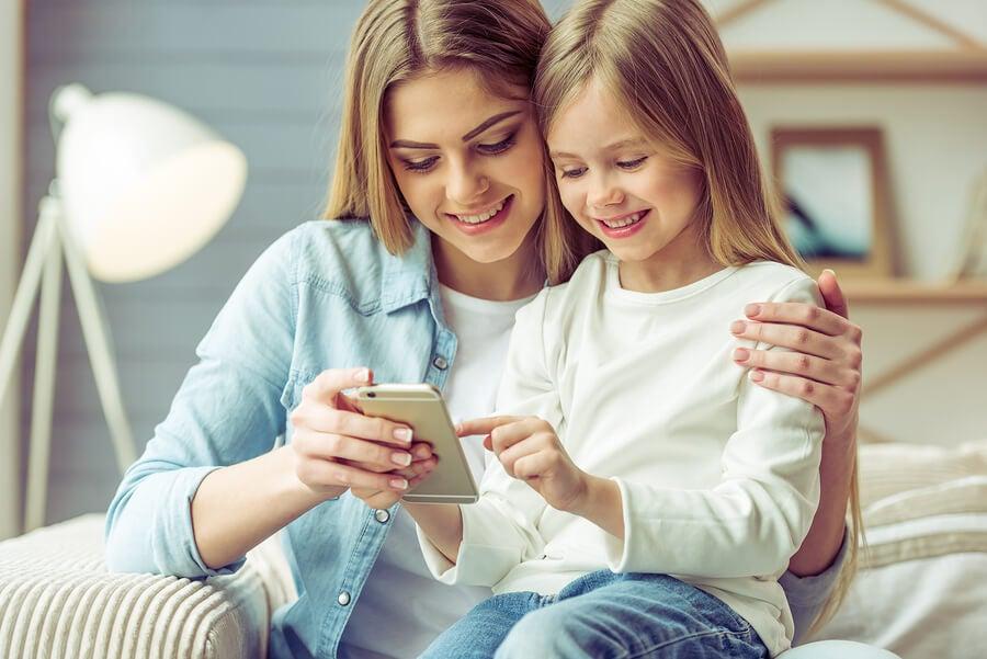 7 ventajas y 7 desventajas del uso de smartphone en los niños