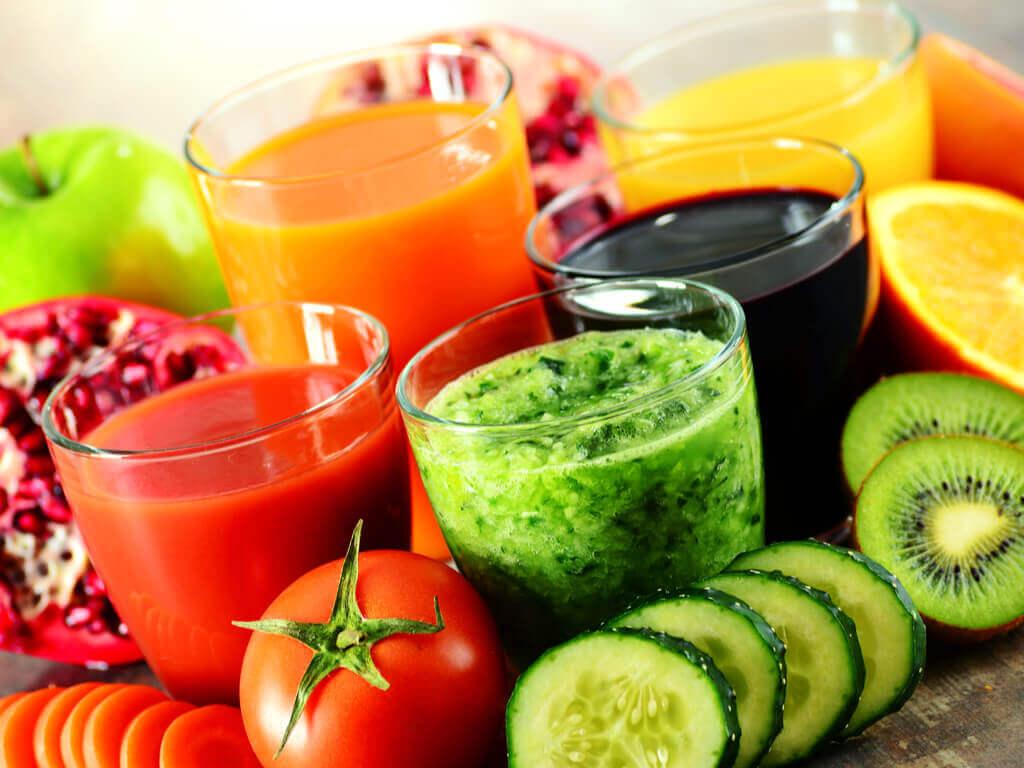 Razones por las cuales tomar batidos detox: te alimentas de frutas y verduras