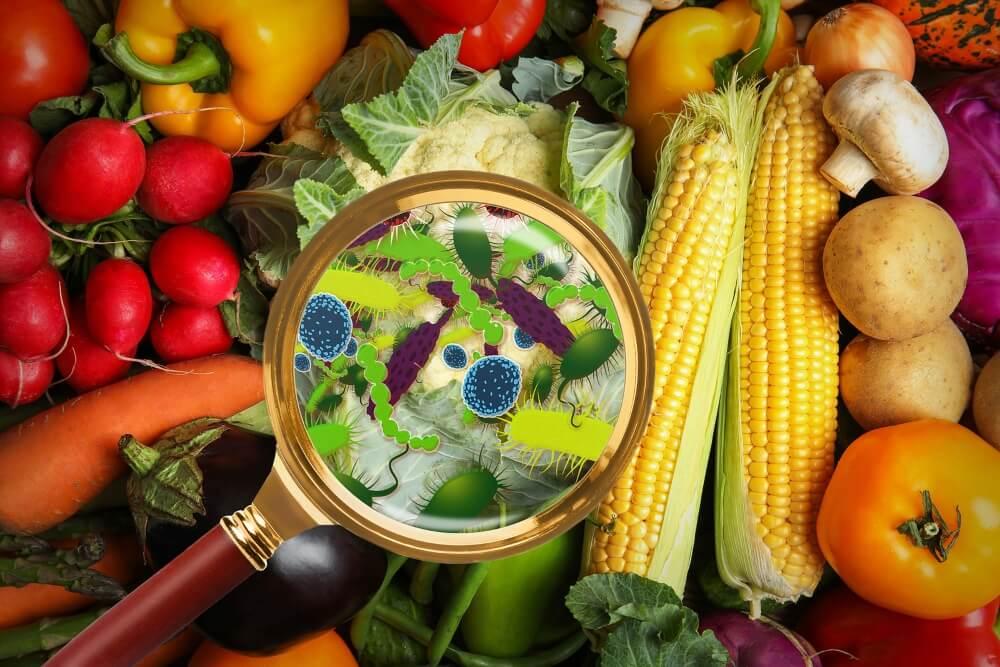 Intoxicación alimentaria por no lavar las frutas y los vegetales.