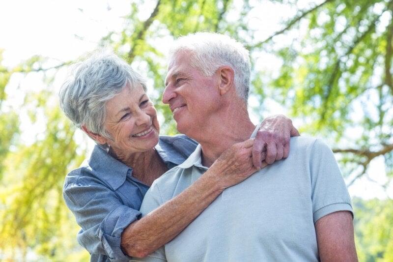 El tratamiento de auriculopuntura funciona para el alzhéimer y otras enfermedades neurodegenerativas.