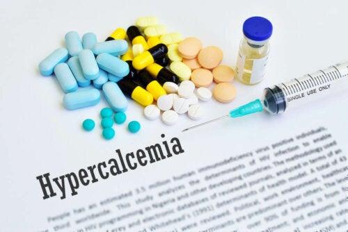 ¿Qué es la hipercalcemia? ¿Cuáles son sus síntomas?