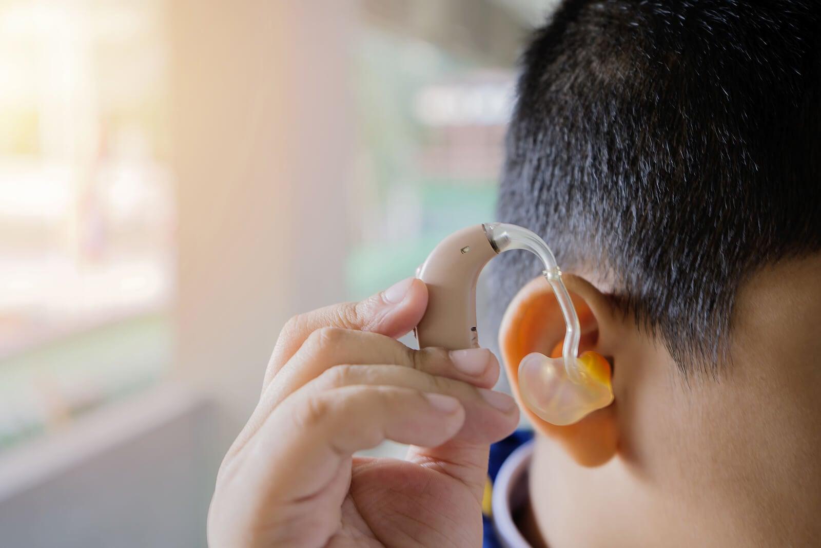 Tratamiento para la pérdida auditiva bilateral