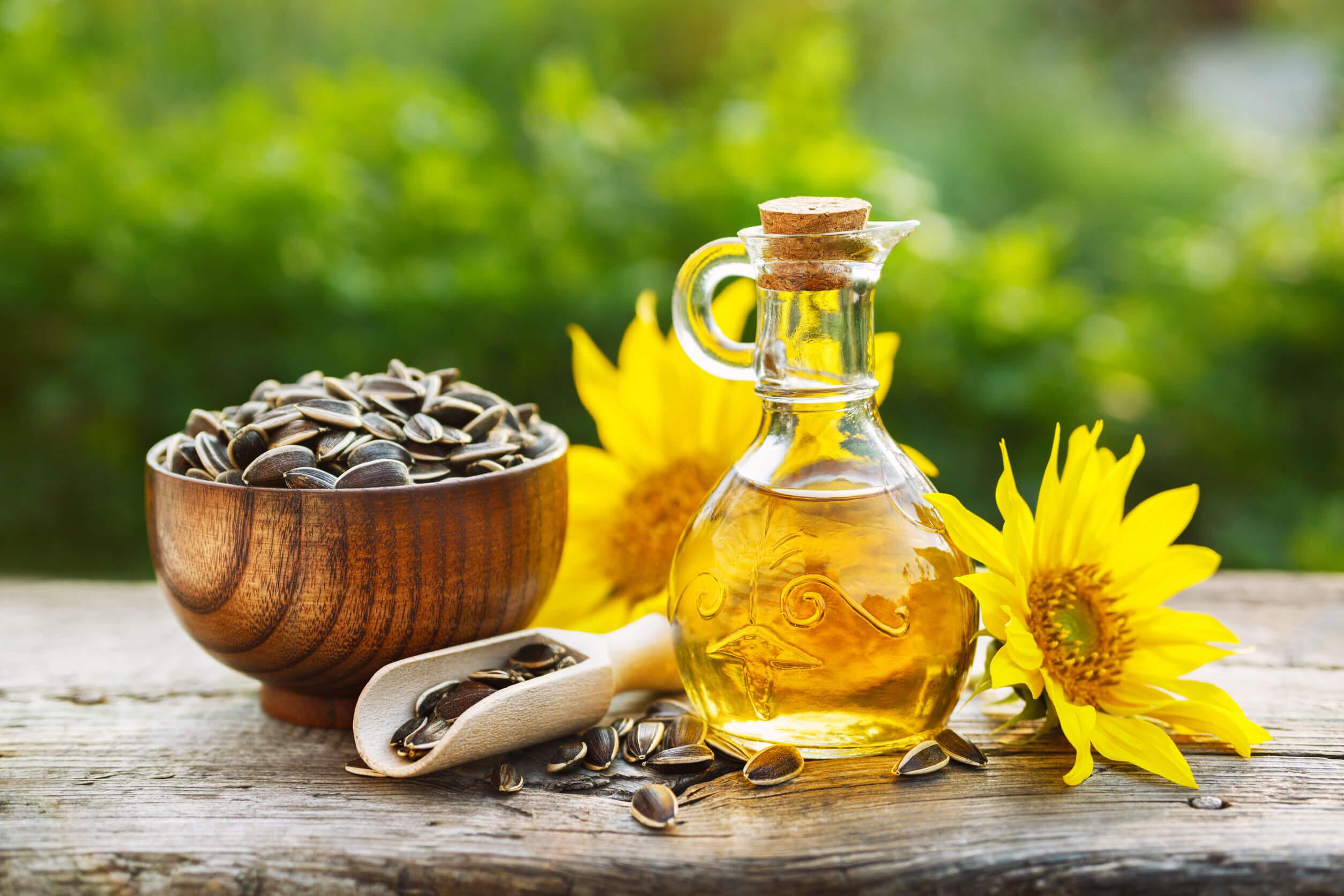 La vitamina E puede obtenerse de numerosas fuentes.
