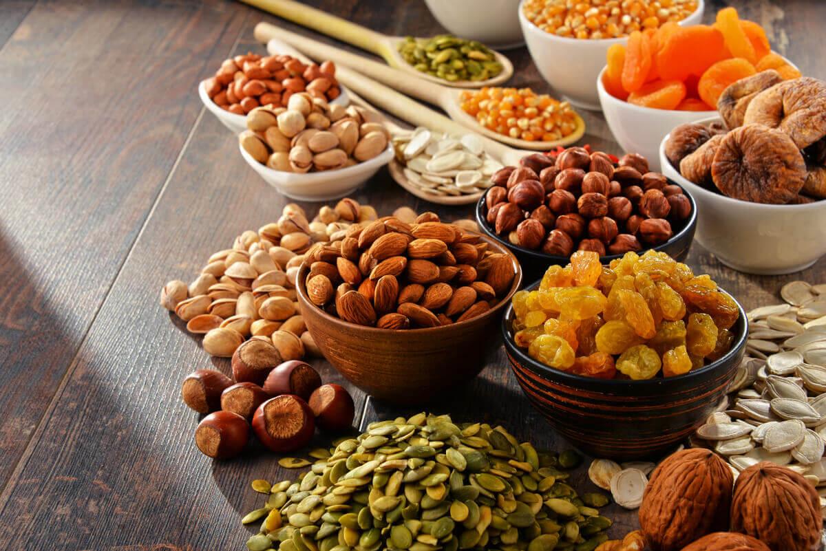 Los frutos secos son esenciales en la dieta crudivegetariana.