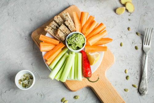 6 recetas de snacks saludables y fáciles de preparar