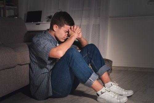 Las autolesiones en adolescentes deben atenderse a tiempo.