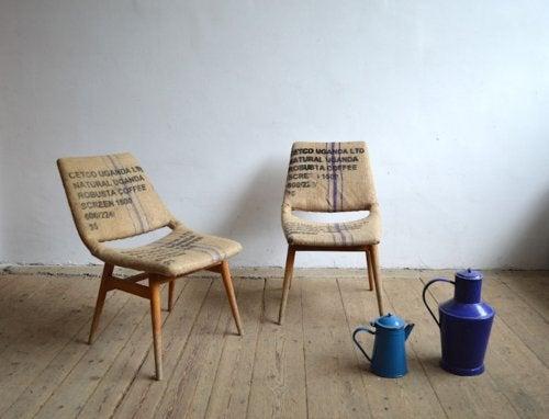 Muebles con arpillera