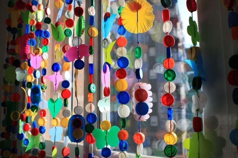 hacer cortinas con materiales reciclados
