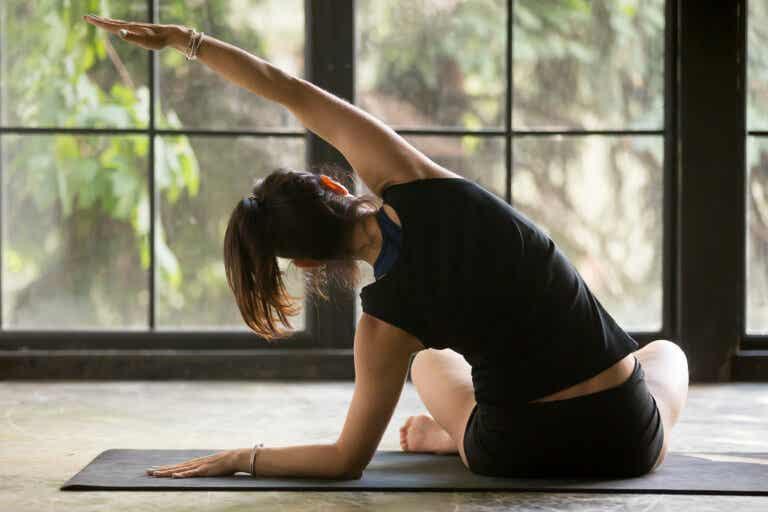 5 ejercicios para fortalecer tu columna vertebral