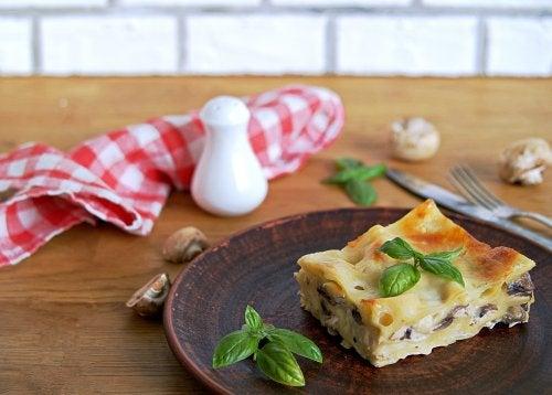 Cómo preparar lasaña vegana: descubre 2 recetas