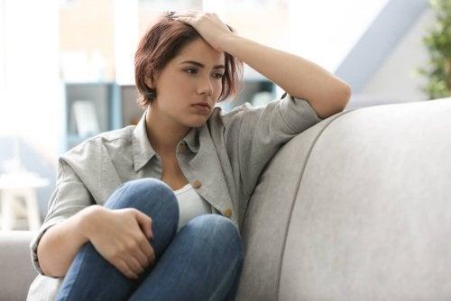 4 maneras en que la depresión puede afectar físicamente al cerebro