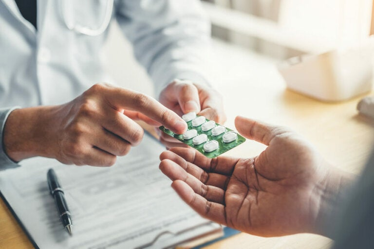 Hidroclorotiazida: usos y efectos secundarios