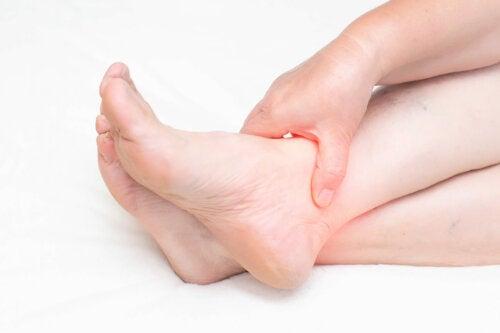 ¿Qué es una tendinopatía posterior tibial?