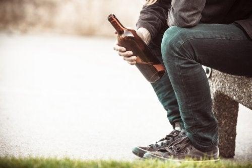 Alcoholismo: causas y consecuencias