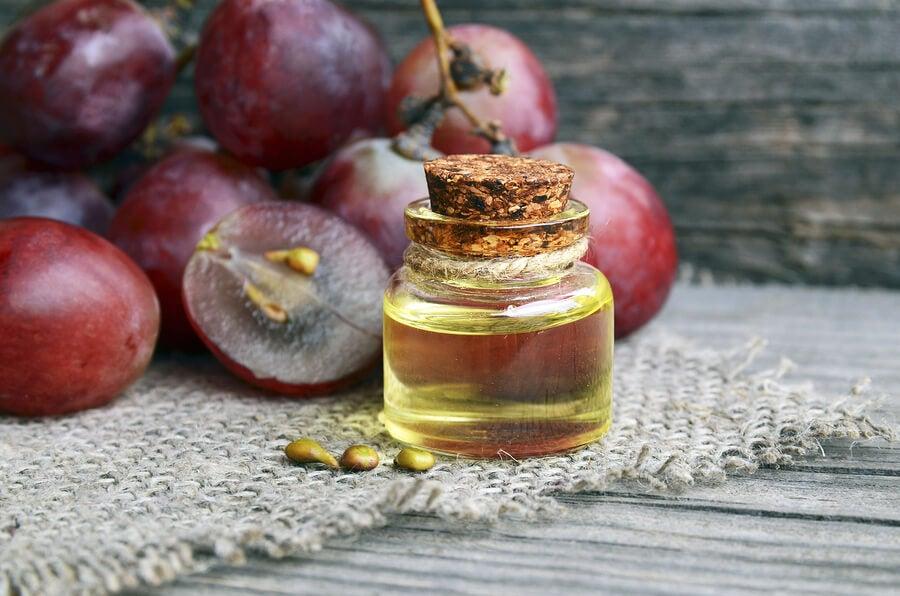 crema antiarrugas nocturna con aceite de uva