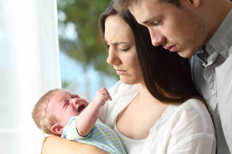 El cólico del lactante: causas y pautas para los padres