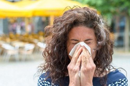 8 consejos para sobrellevar los síntomas de la alergia al polen