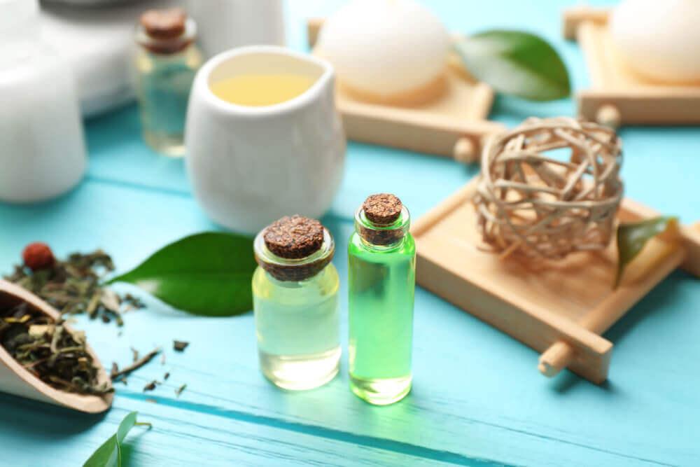 Aceite esencial de árbol de té para calmar las picaduras de abeja