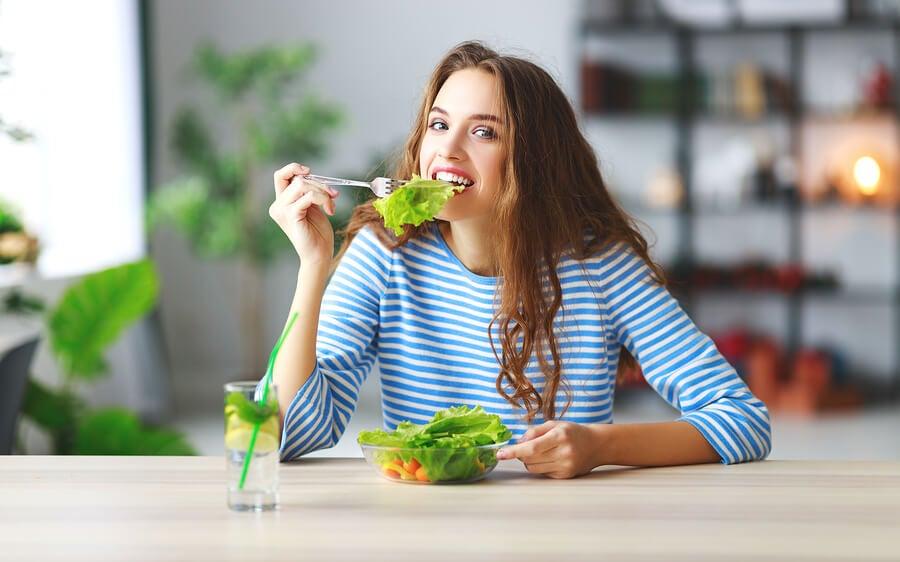 6 trucos para comer menos sin pasar hambre