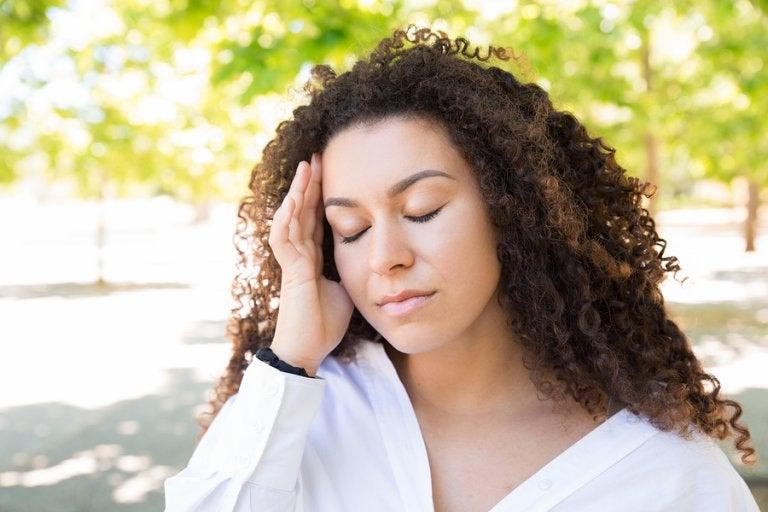 Cómo aliviar el dolor de cabeza en verano