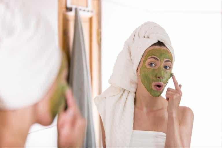 ¿Puede ayudar el té verde al tratamiento del acné?