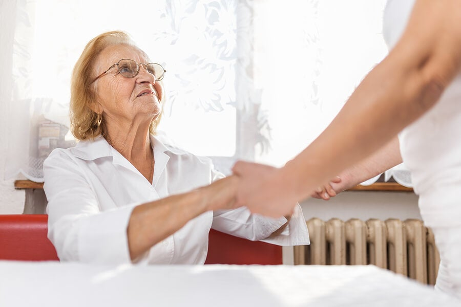 Apoyo a pacientes con Alzhéimer y familiares