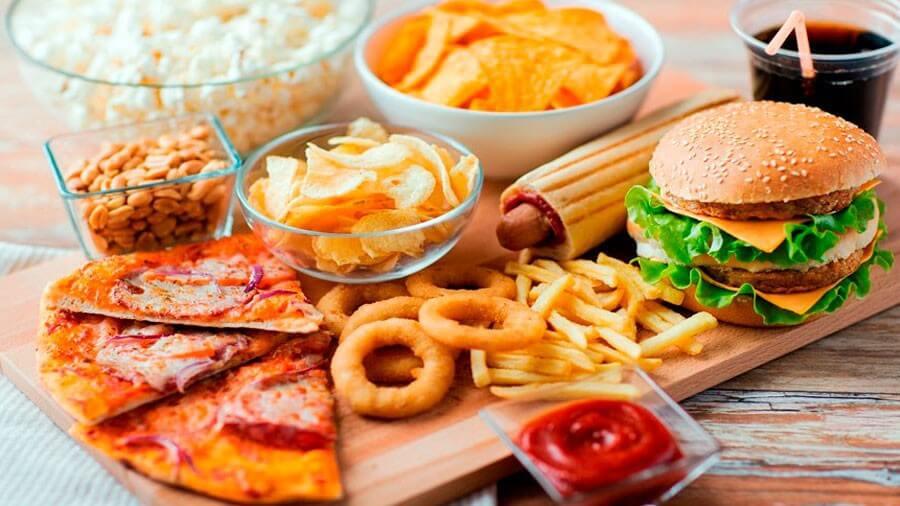 Comida con aditivos alimentarios