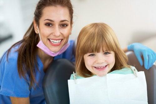 ¿Reimplantación de un diente de leche?