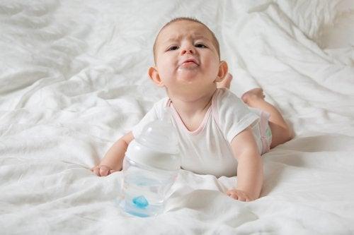 ¿Por qué babean tanto los bebés?