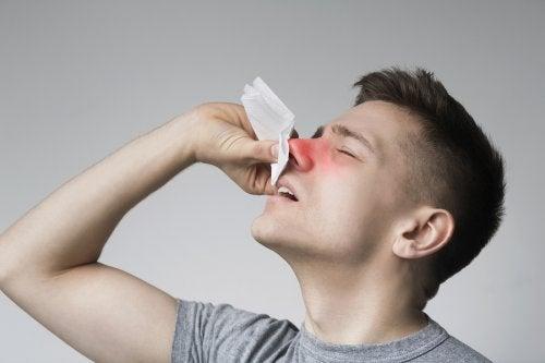 Pólipos en la nariz: síntomas, causas y tratamiento