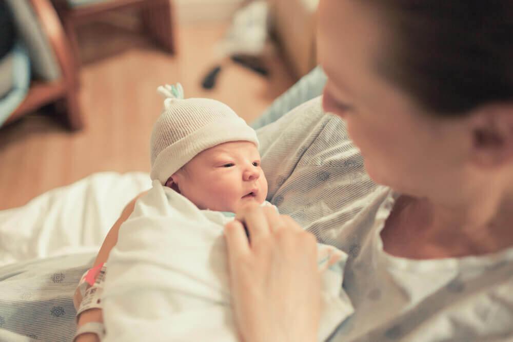 El calostro es un alimento fundamental para el recién nacido.